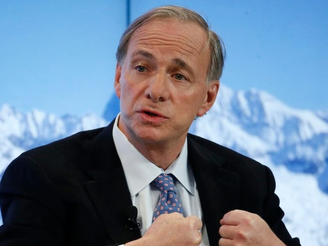 'Capital markets are not free': Billionaire investor Ray Dalio says the Fed is boosting asset prices, valuation metrics don't apply, and the US dollar is at risk