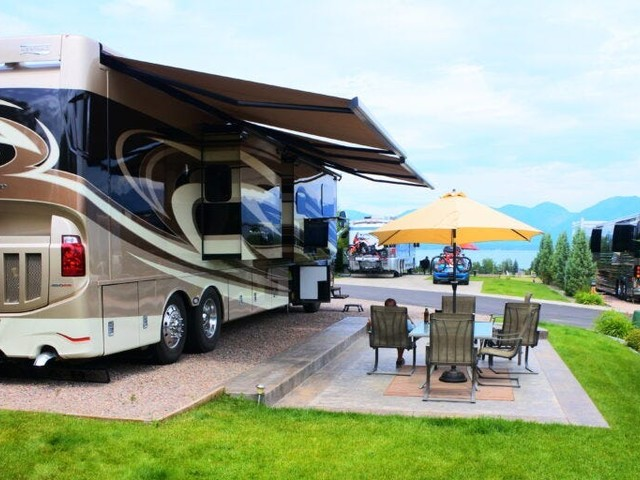 15 of the best RV sites across the US, from off-grid spots in national parks to luxury campgrounds with pools, tennis courts, and showers