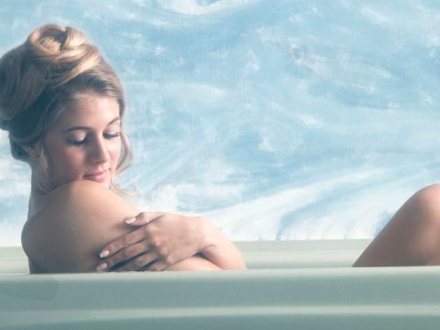 Scientists prove bathing before bed helps sleep