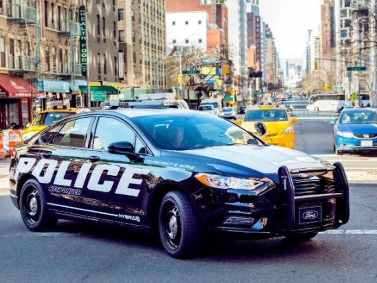 Ford's First Police Responder Hybrid Sedan Is Now 'Pursuit-Rated'