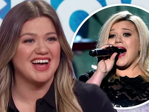 Kelly Clarkson reveals that she once had to use a trash can as a makeshift toilet before performing