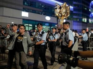 China's Xi visits Hong Kong under heavy security