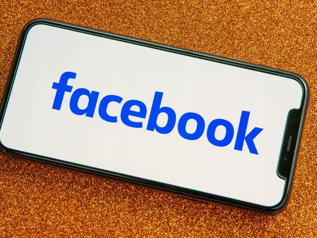 Facebook expands efforts to fight climate misinformation - CNET