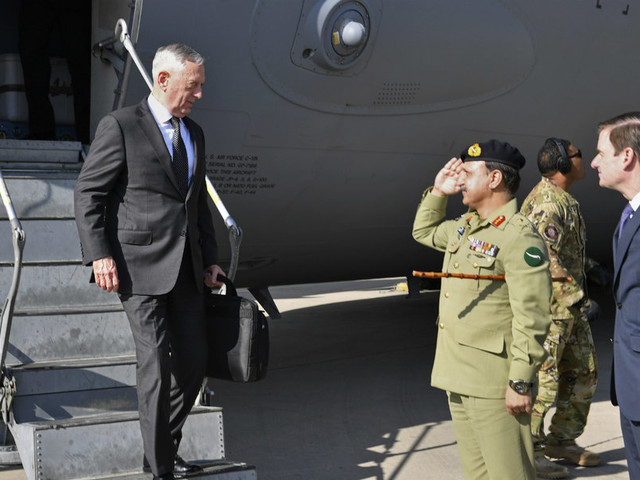 Secretary Mattis seeks diplomatic solutions with Pakistan on counterterrorism