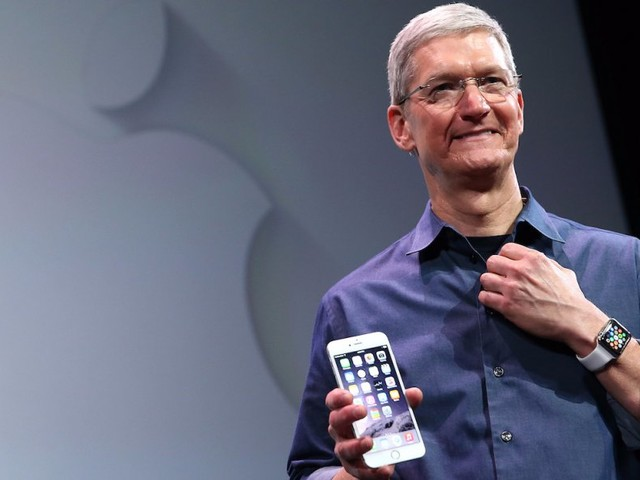 Apple has lots its hardware mojo — but iPhone fans should be happier than ever (AAPL)