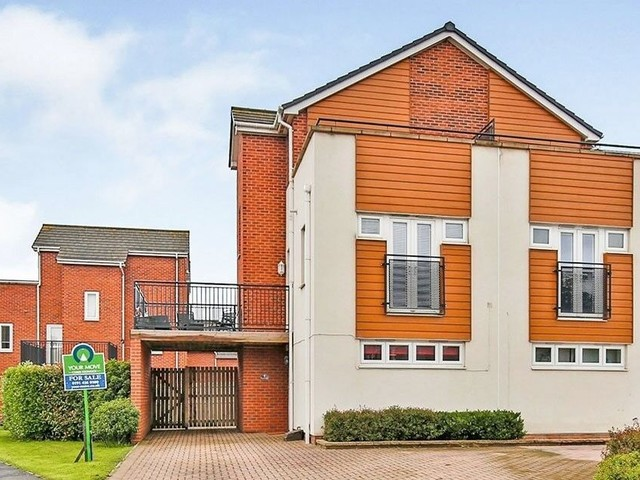 The North East home worth £179,995 with two balconies