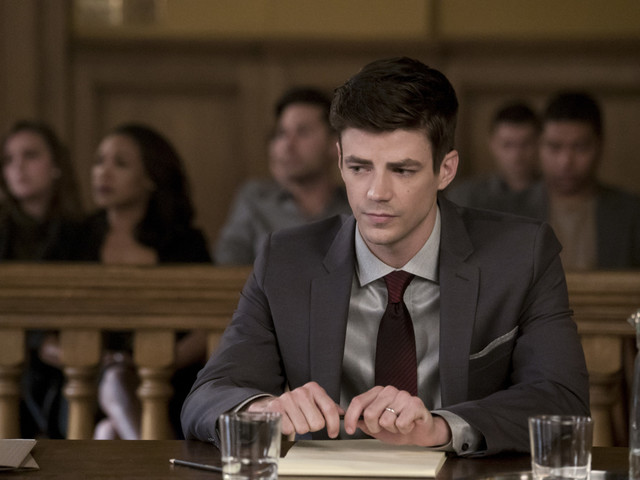"""'The Flash' Recap: """"The Trial of The Flash"""" – Murder in the First"""
