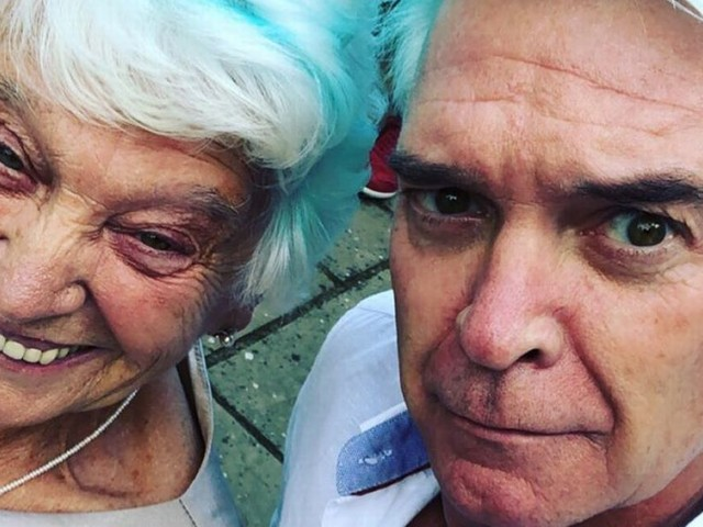 Phillip Schofield shares his mum Pat has had second vaccine and she's thrilled