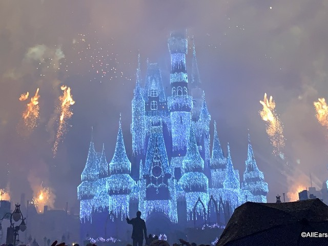We're Bringing You INSIDE the First Night of Mickey's Very Merry Christmas Party!