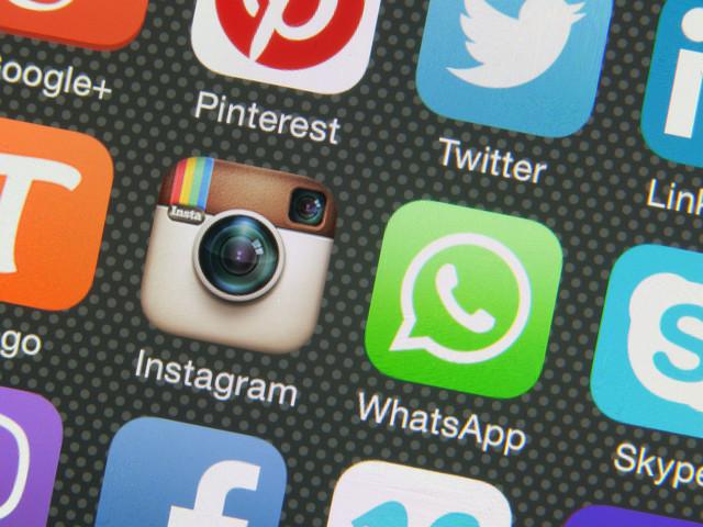 Striking The Balance Between Social Media And Real Life