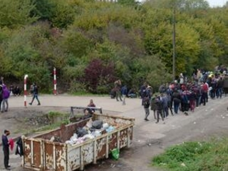 The Latest: 6 migrants found dead near Spanish island