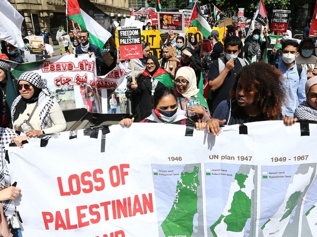Hundreds of 'Free Palestine' protesters take to city centre streets