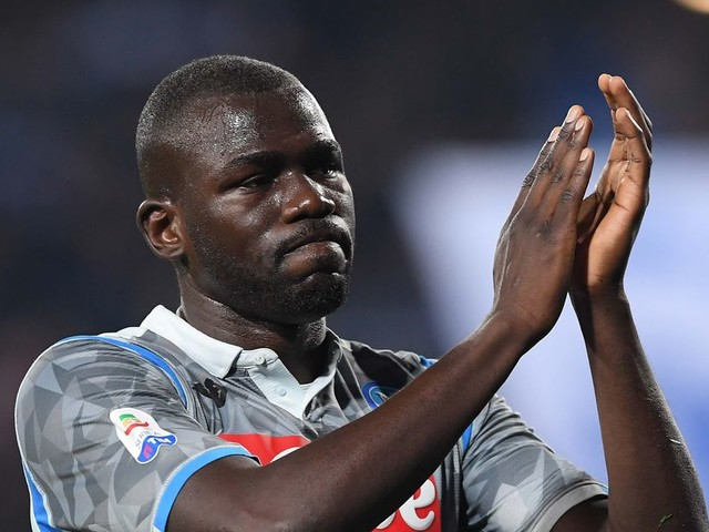 Manchester United 'have £96m bid for Kalidou Koulibaly rejected'