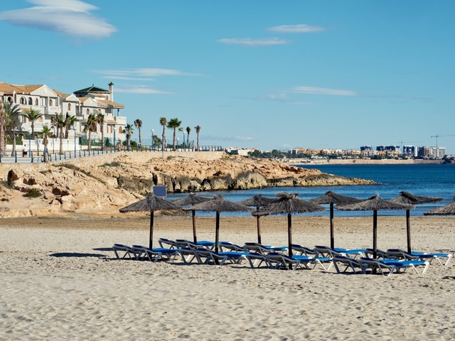 The cost of Spain holidays drop almost 40% – you can get deals this autumn from £112pp