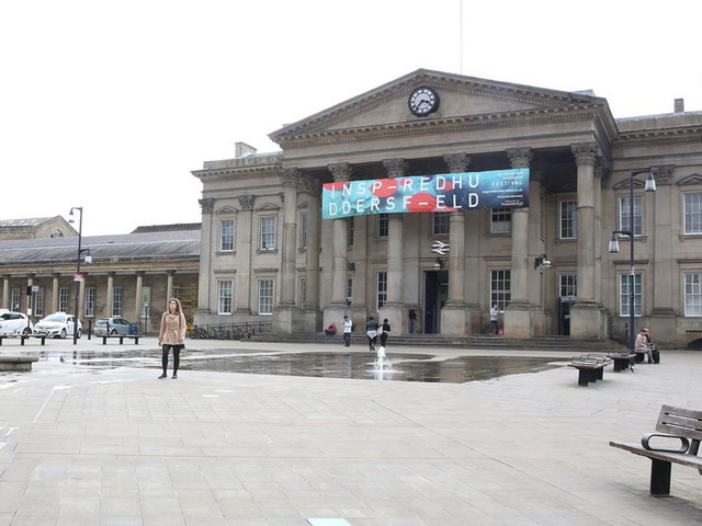 Huddersfield Railway Station's pillars to be brightened up by yarn bombing