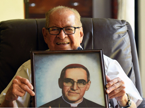Brother forgives Salvadoran priest's killers, regrets inaction
