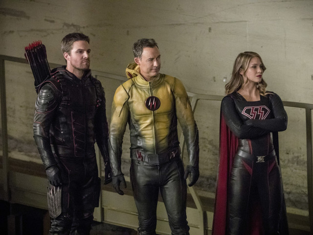 "Full ""Crisis on Earth-X"" Trailer Reveals the Heroes and Villains of the CW Crossover"