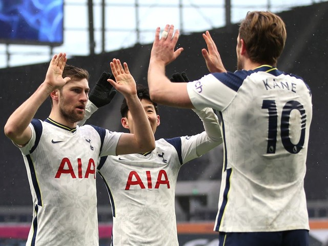 West Ham vs Tottenham prediction: How will Premier League fixture play out today?