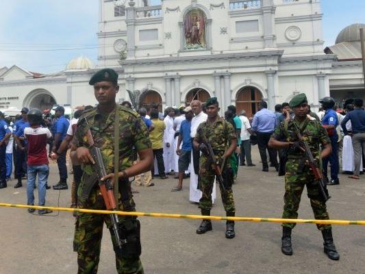 Sri Lanka blocks social media sites after deadly explosions