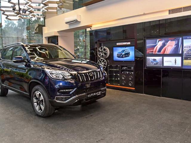 Mahindra unveils World of SUVs dealership model