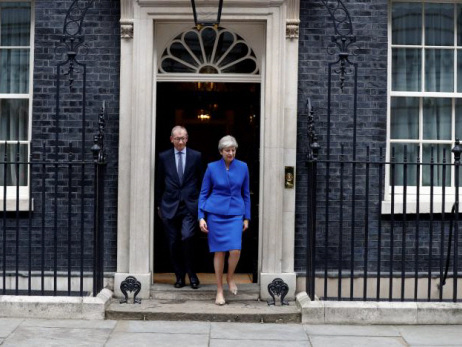 May to try to form government after UK election debacle, uncertainty over Brexit talks