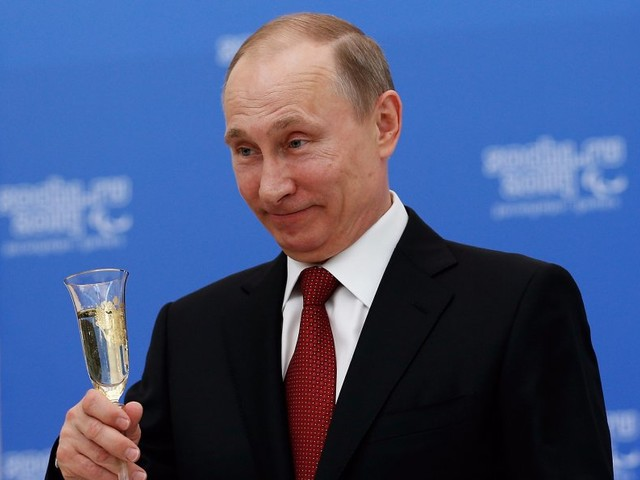 Vladimir Putin could secretly be one of the richest men in the world — an investigative reporter who spent 4 years in Russia explains