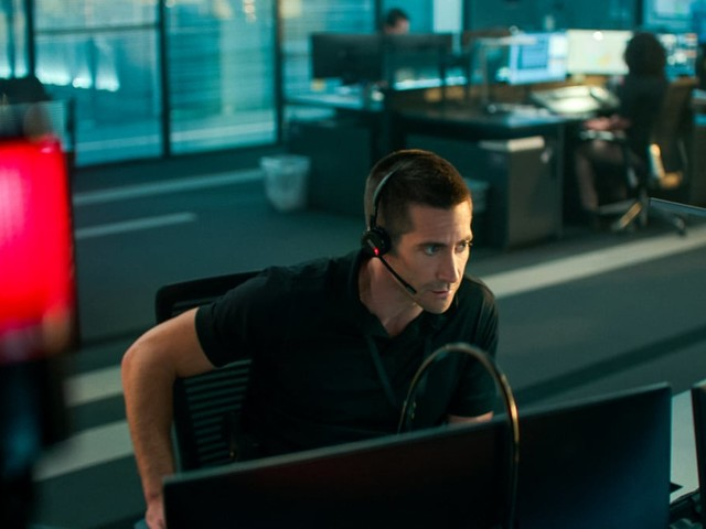'The Guilty' Film Review: Jake Gyllenhaal's One-Man Show Is a Hell of a Ride
