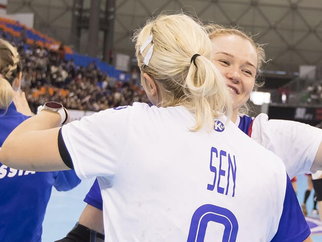Russia ramp up challenge for IHF Women's Handball World Championship title