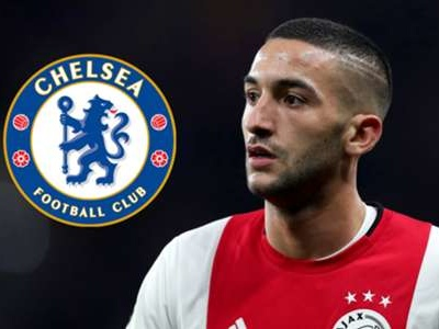 Ferdinand compares 'magnificent' Chelsea new signing Ziyech to Manchester City star Mahrez