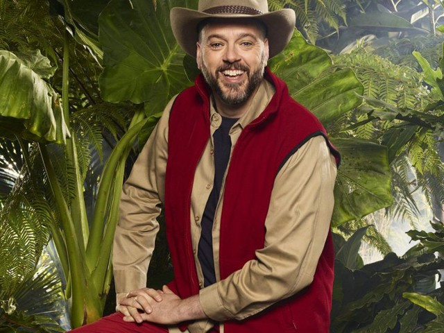 Iain Lee mocks fellow camp mates as he arrives in I'm A Celeb jungle: 'You lot look really f****d'