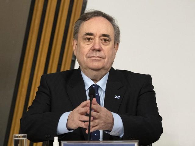 Scotland's leadership has failed, Salmond claims as he criticises Sturgeon