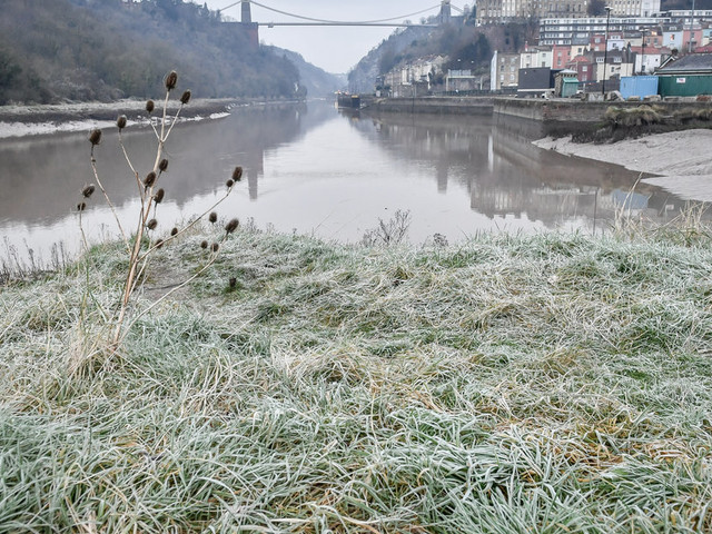 UK Weather: Snow Falls Today As Winter Frosts Take Hold