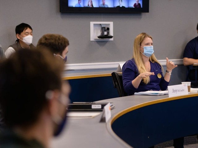 5 business schools offering the best programs and curricula to prepare students for a post-pandemic world