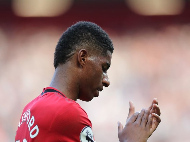 Manchester United request Facebook and Twitter meetings over racist abuse of players
