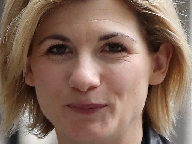 Jodie Whittaker Reveals Her Dad Was 'Furious' About Being Kept In The Dark About 'Doctor Who' Role