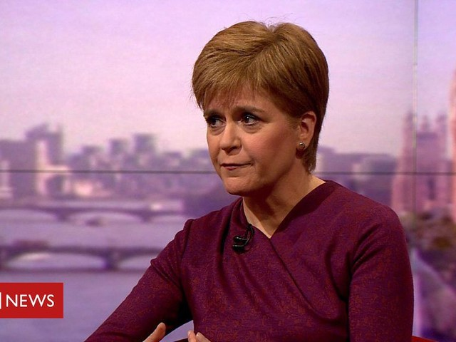 Sturgeon: SNP would support minority Labour government
