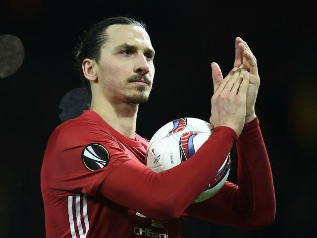 Zlatan Ibrahimovic 'astounds' medics and could stay at Man United