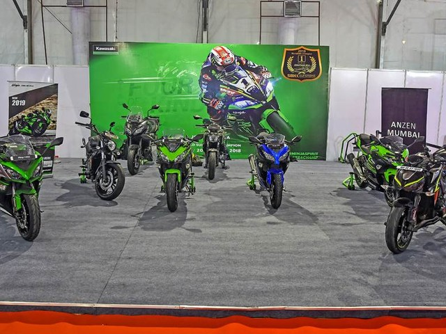 Kawasaki dealers offering benefits up to Rs 2.5 lakh on select motorcycles