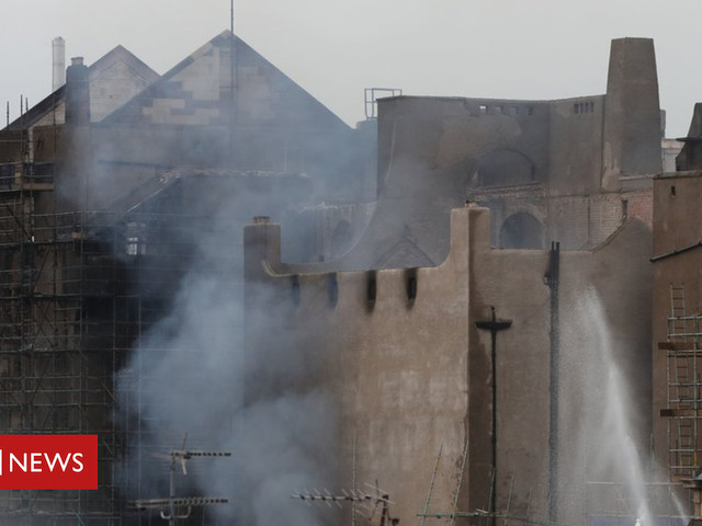 Water pumped from River Clyde to fight School of Art fire