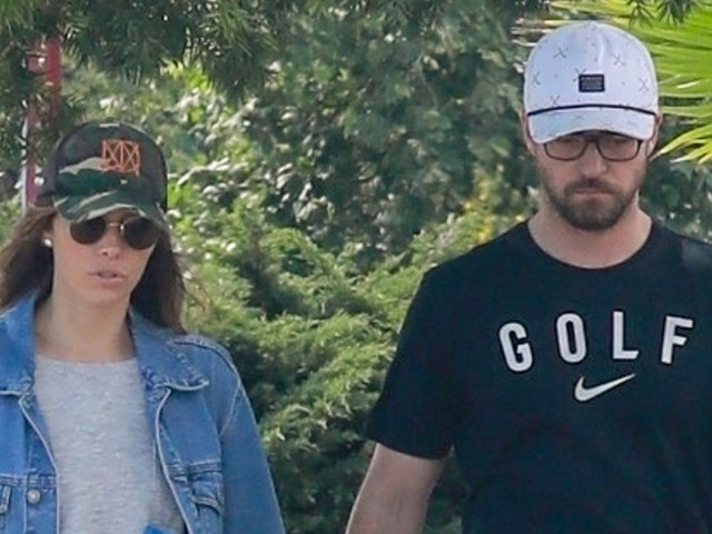 Justin Timberlake & Jessica Biel Hold Hands for Post-Lunch Stroll
