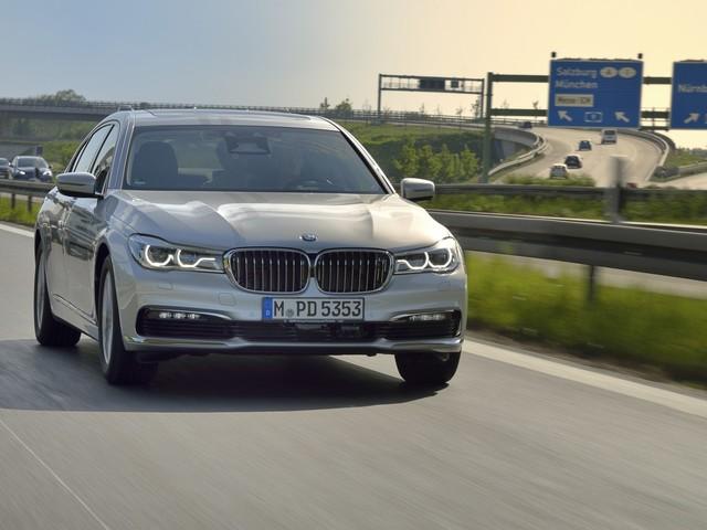 We get some insider info on LCI BMW 7 Series