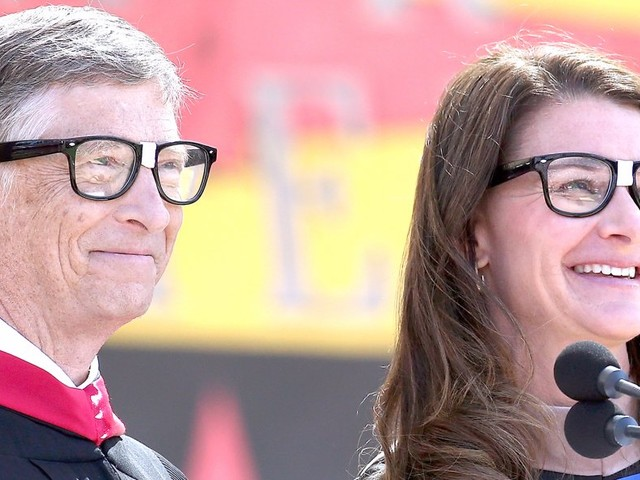 Bill and Melinda Gates are backing a new tool that lets you type in any illness symptoms and learn what's ailing you