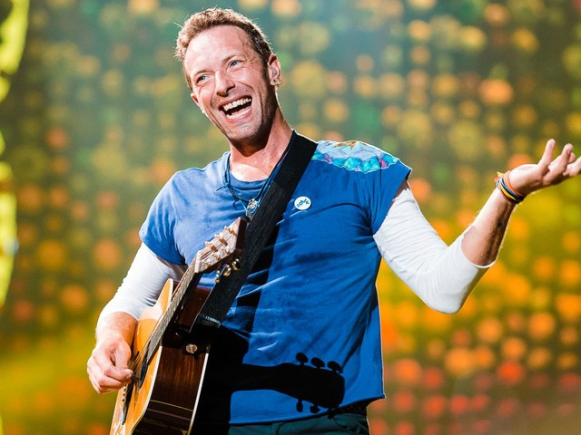 Coldplay 'not touring' new album over climate change fears