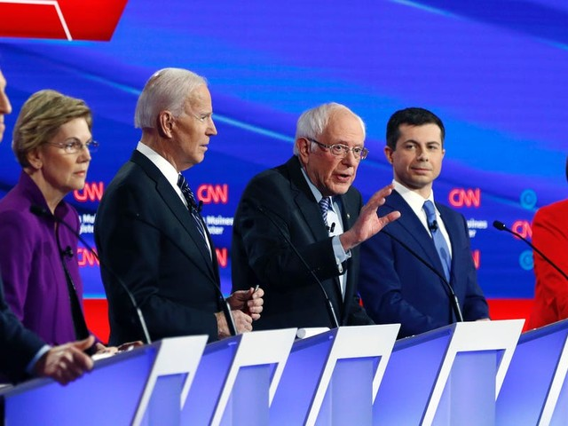 The 5 most noteworthy moments from Tuesday's Democratic debate in Iowa