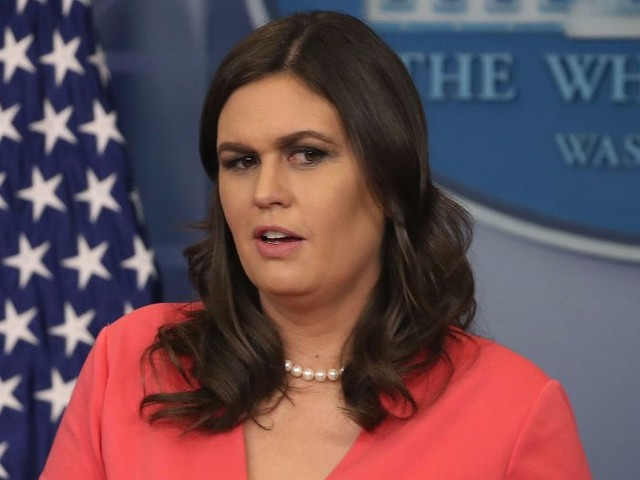 Sarah Huckabee Sanders forces White House reporters to say what they're thankful for