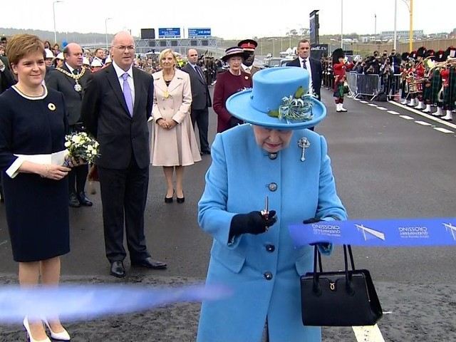 The Queen officially opens the Queensferry Crossing