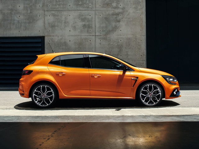 2018 Renault Megane RS hot hatch revealed with 276bhp