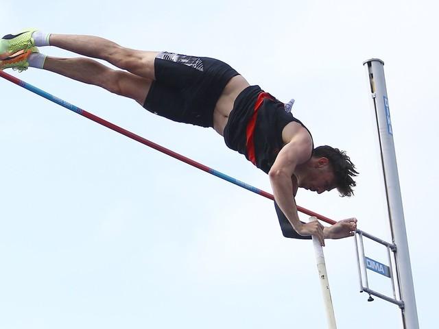 Olympic Pole Vaulter's Accident Reveals Danger Even After Safe Landing