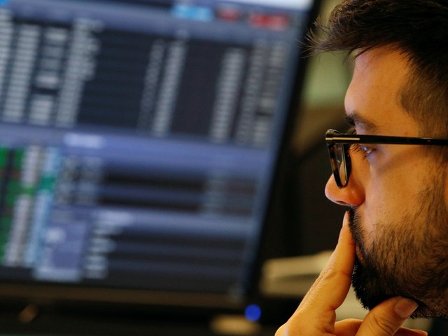The market's biggest investors just traded like they do right before 'serious damage' is inflicted on stocks — and one expert warns another painful meltdown could soon strike