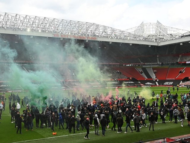 Man Utd vs Liverpool match delayed after fans protest inside Old Trafford